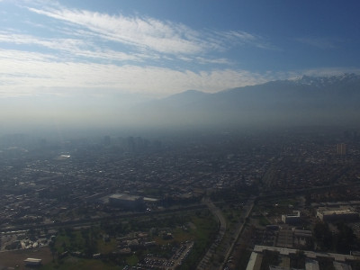 Santiago y los Andes con smog en Julio 2016